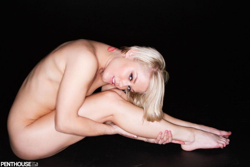 Lesbian anal sex girl