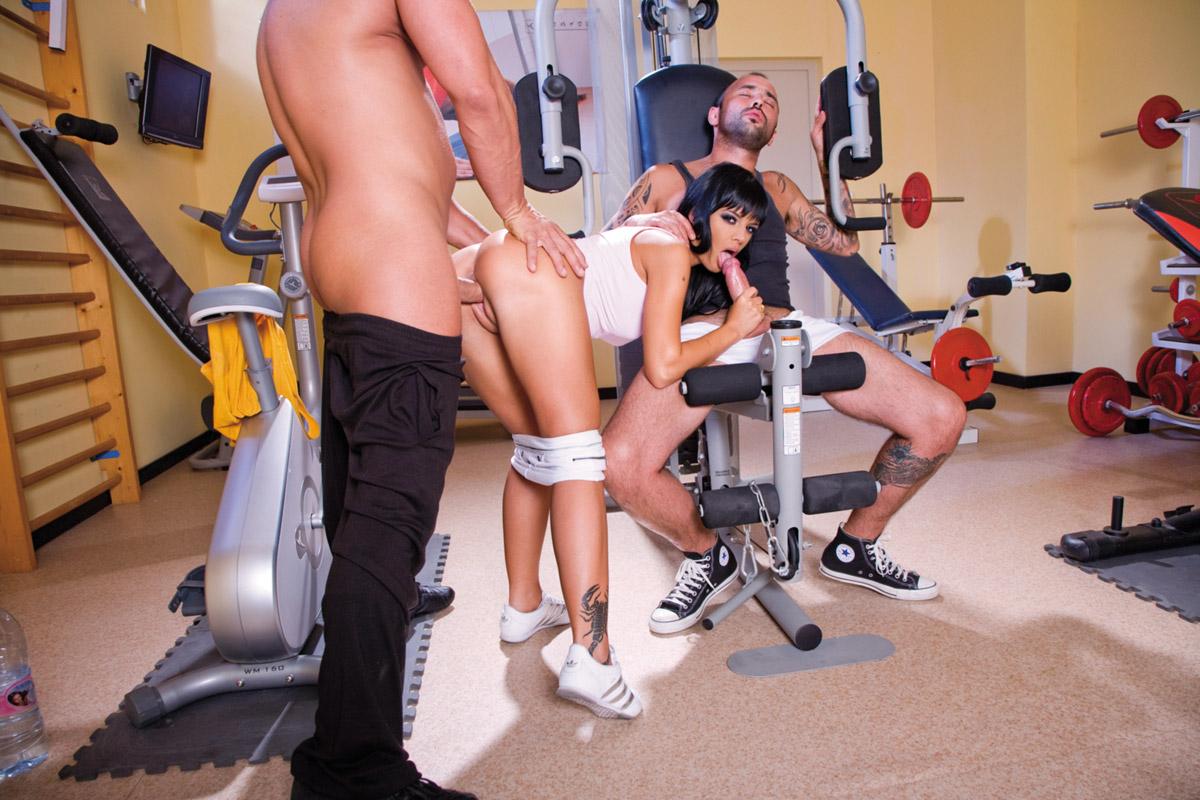 Секс тренажерном зале 3 фотография