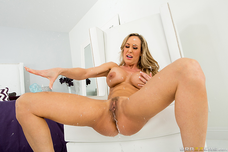 British Mature Solo Squirt