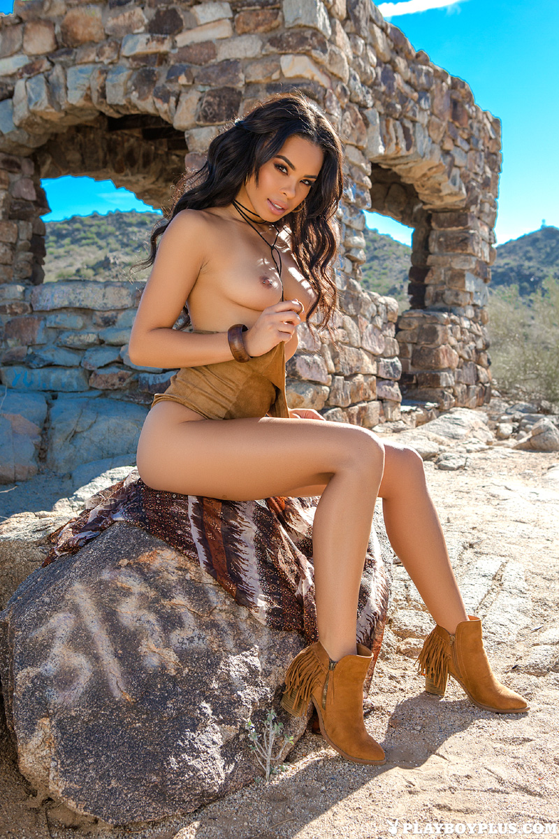 Awesome Ashley Porn Pics briana ashley foxy beauty exposes her awesome curves outdoors