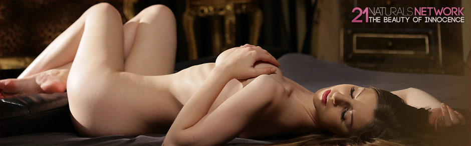 21Naturals is a new adult network dedicated to artistic nude photography and tasteful erotica in a top-notch quality!