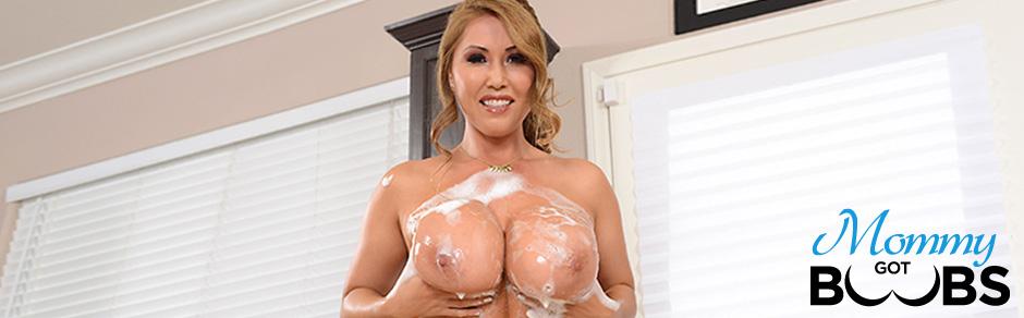 kianna dior asian milf gets her tits fucked