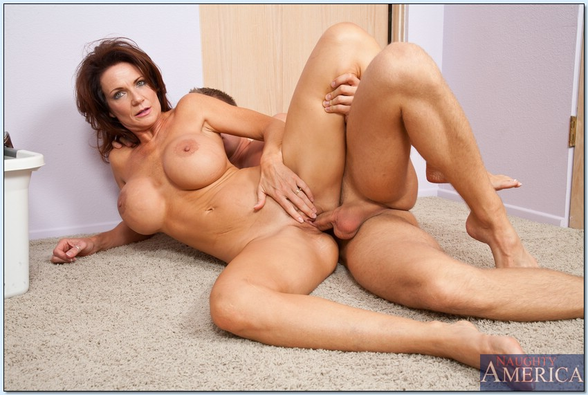 Mom son porn star theme.... agree