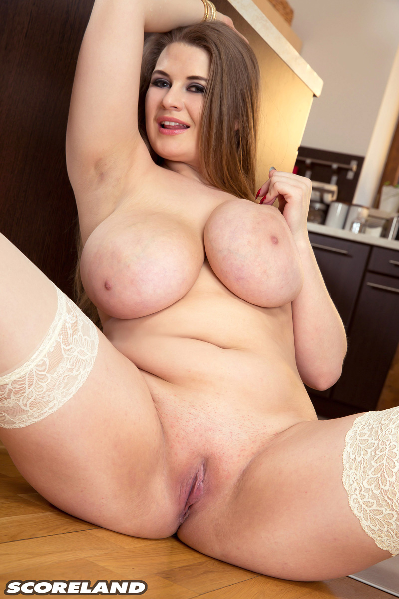 Big boobs pussy pic