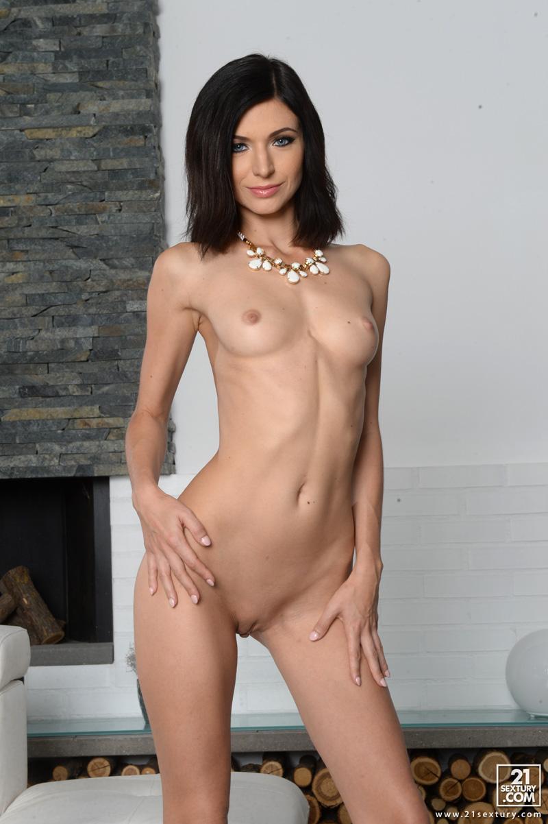 Arian mayer nude pics on price