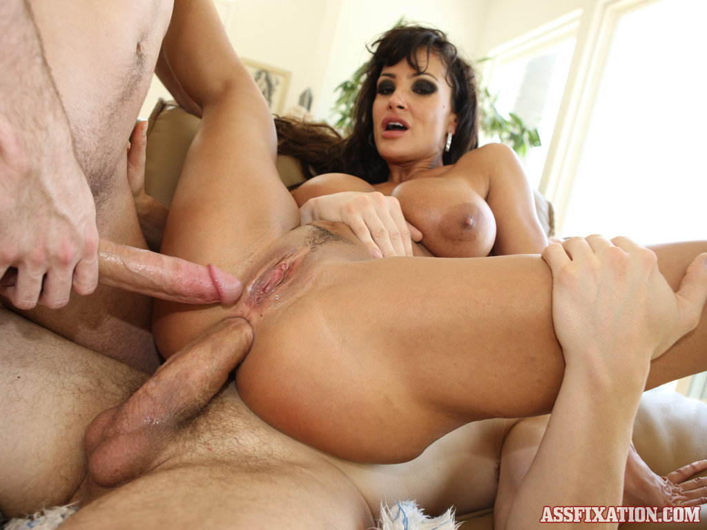 lisa ann porn star ass