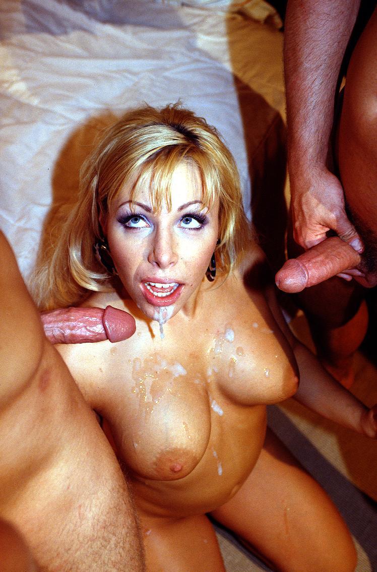Porn star soma blowjob cumshot