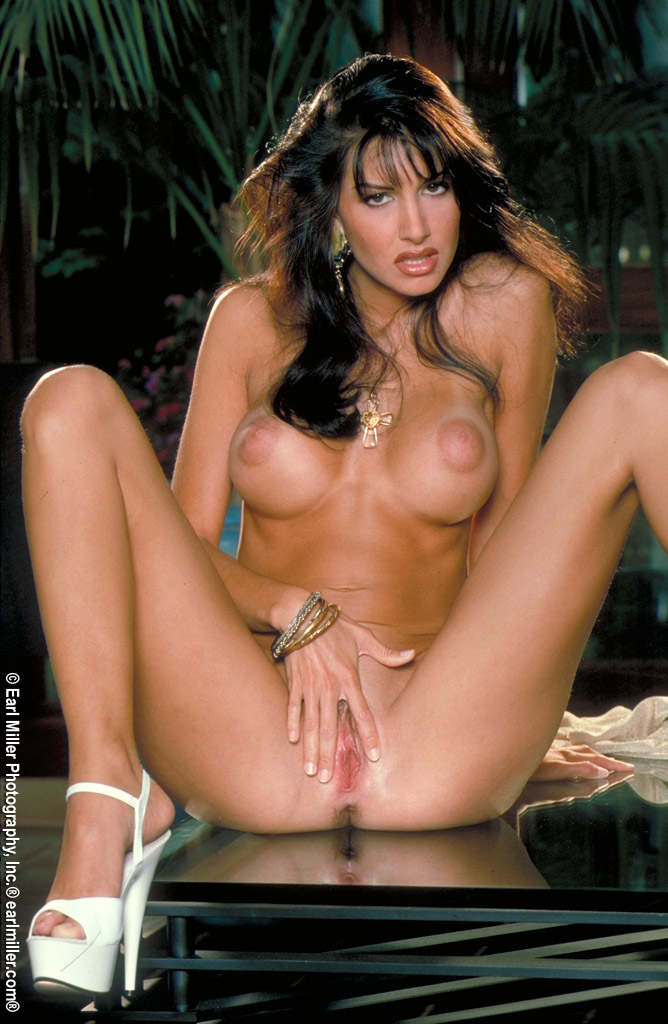 madelyn knight hot nude pics