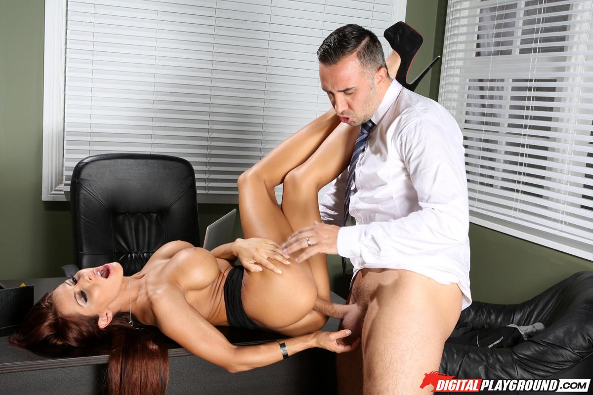 Секс с madison ivy в офисе 18 фотография