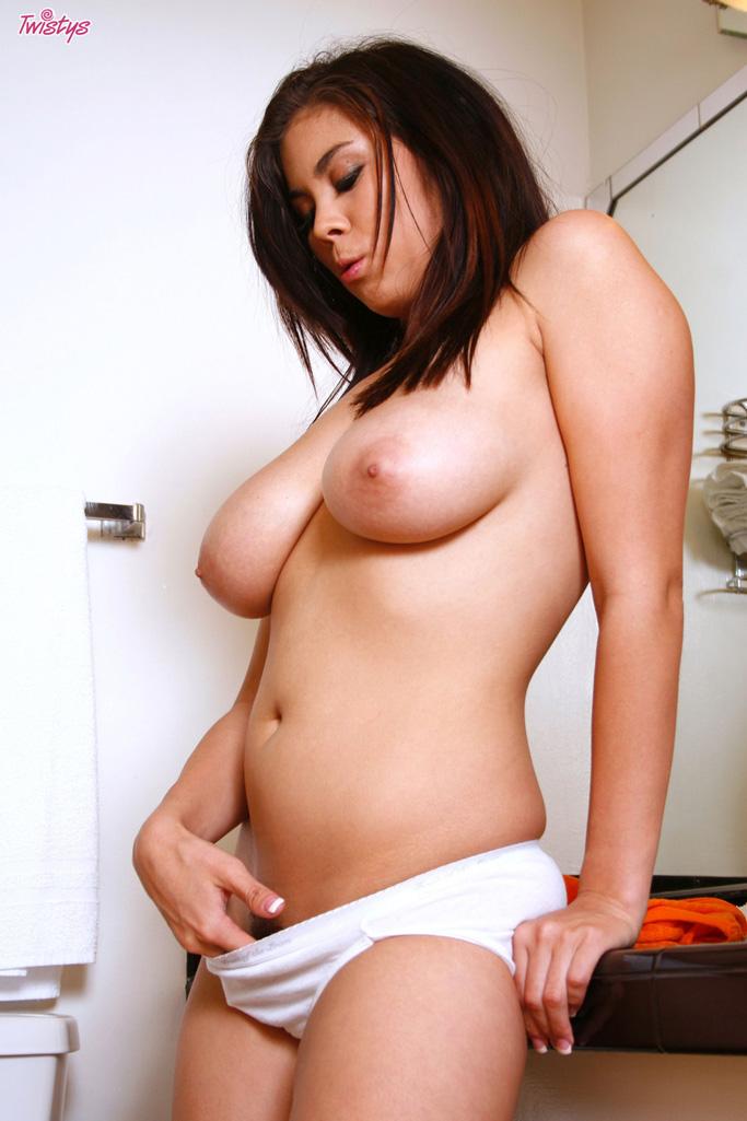 Mai ly porn actress