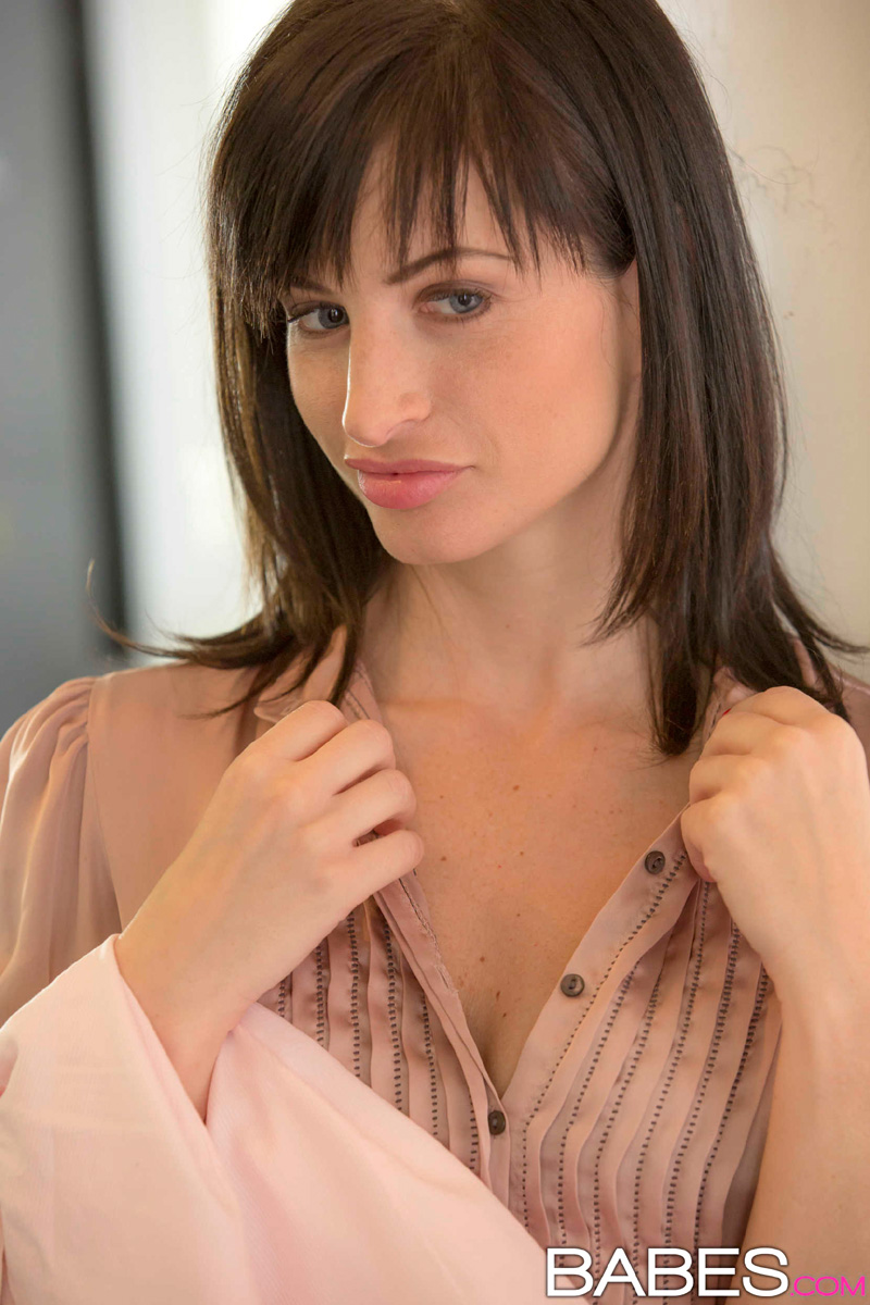 Ava Courcelles All Porn Videos megan rain shares her boyfriend with her stepmom ava courcelles