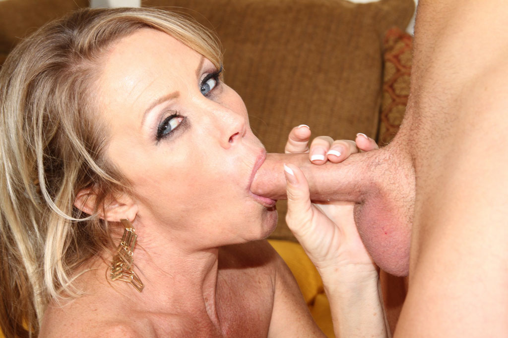 how too give a blow job best website to hook up