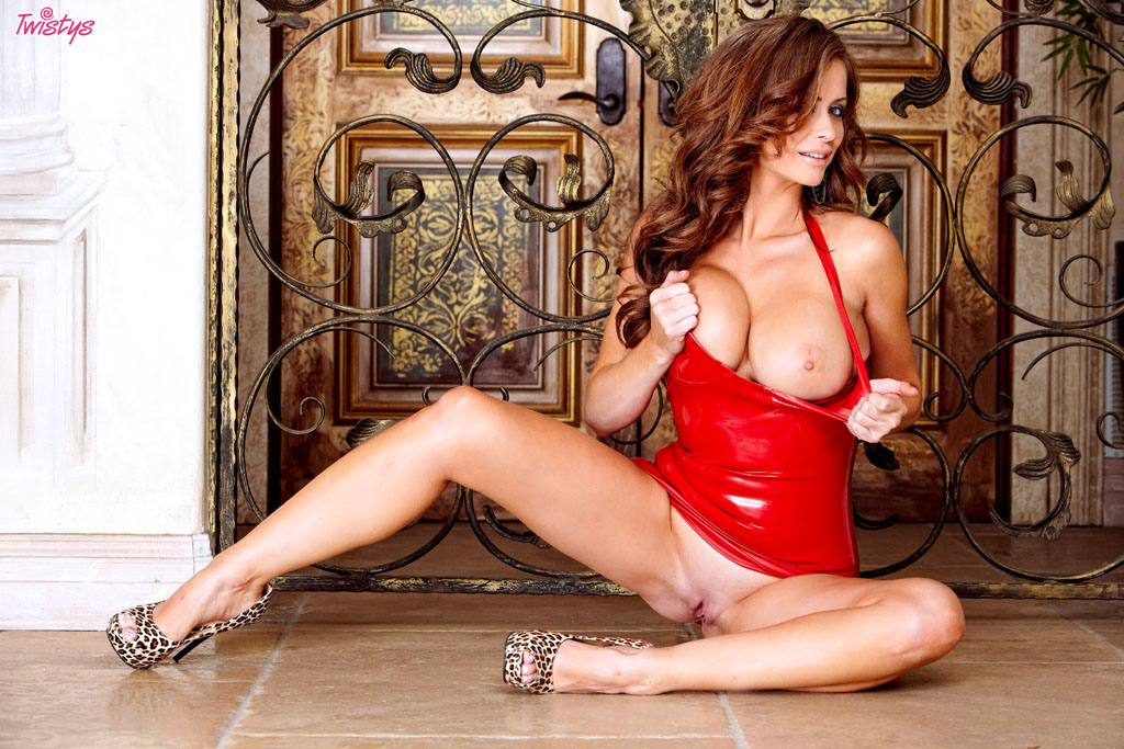 порно фото в обтягивающем белье