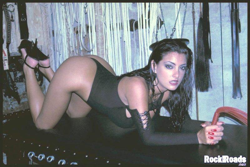 Sexy asian lesbian vibratign