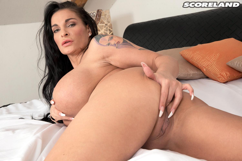 Sandra sturm nackt