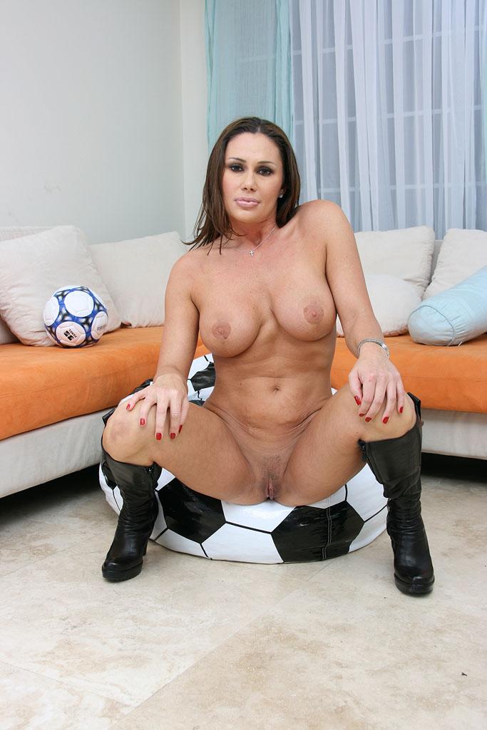 Soccer mom pussy