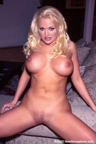 Was busty platinum blonde can suck the