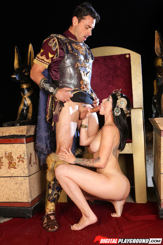cleopatra queen of egyptian porn