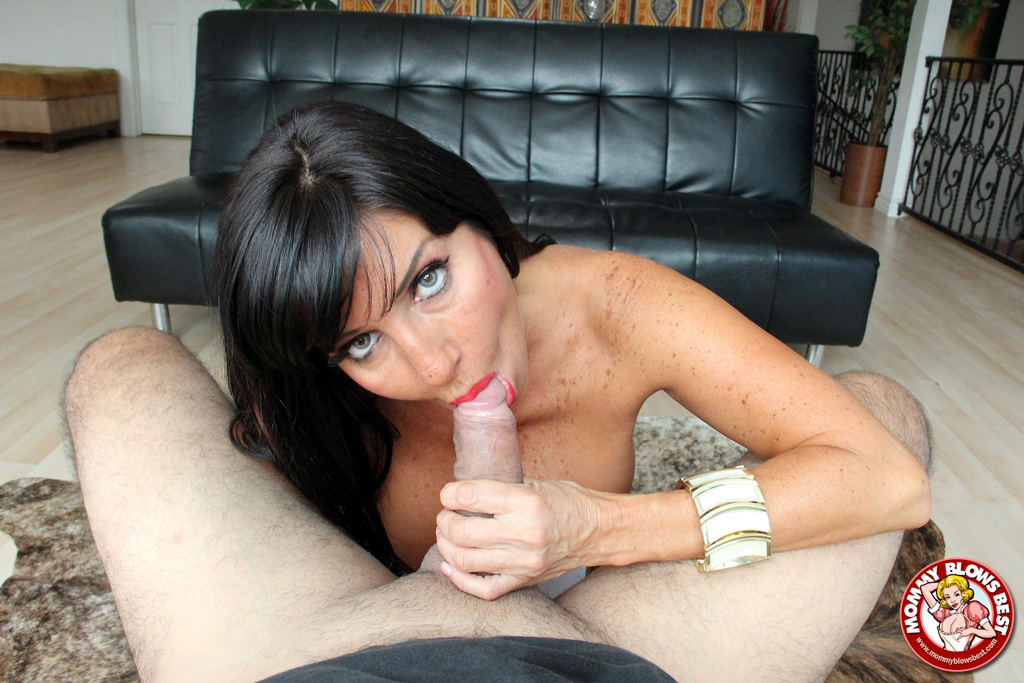 Tara reid suck cock