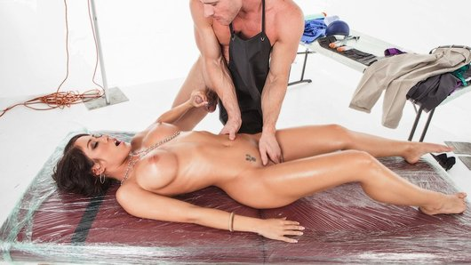Capri Cavanni in A Killer Massage for Capri