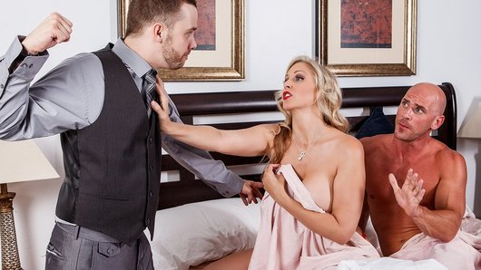 Julia Ann in The Brazzers Zone