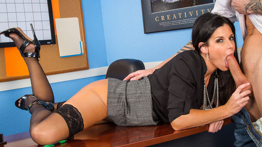 Richie was called into Ms. India Summer's office because he is failing his classes. Ms. Summer lets Richie know that his grades are just letters which can be easily changed... if he knows what she means. In case he didn't get the hint, Ms. Summer hikes up her skirt then slides her panties to the side and tells Richie to get to work.
