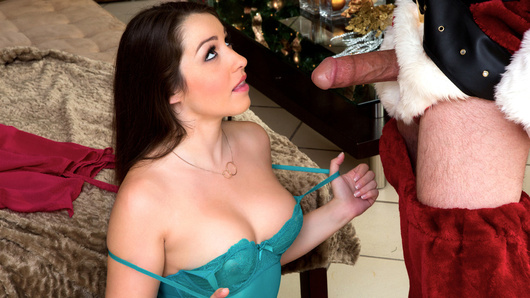 After getting his butt whooped, Santa asks three guys, Tom, Dick and Harry to save Christmas by using his magical suit. The suit has the power to teleport anywhere, deliver presents and more. The men agree to help and Tom goes first, but decides to teleport to his ex-girlfriend Lola Foxx for makeup sex!