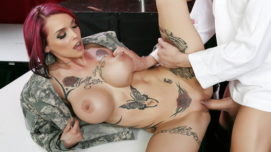 Anna Bell Peaks in In the Navy Now