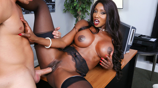 Diamond Jackson in Naughty Office