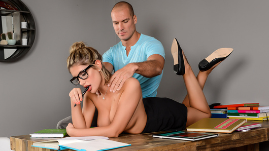August Ames and Sean are two college students studying for finals. She's super stressed out and nervous and needs to calm down, so he tries to help her chill out, but she doesn't have time to stop studying for anything: not even a sexy rubdown and fuck. But who said she had to stop?