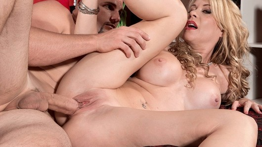 Desiree Dalton in Video Cuckold