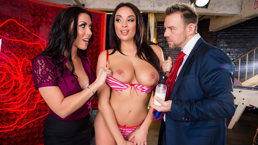 Rachel Starr is the host of a shopping show, and her guest, Erik Everhard, demonstrates how to properly apply sunscreen on their model Anissa Kate. But Rachel soon learns that this is no ordinary product, and soon the shy host is taught a lesson in commerce... sex sells, even on live television!