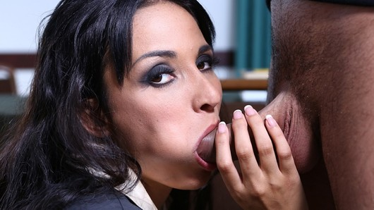 In this school, beautiful brunette Anissa Kate plays the role of a very strict director. When she shouts Fuck my ass, we can guess that sodomy is by far her favorite position! (Video duration: 12 minutes)