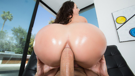 Angela White in Rip My Jeans