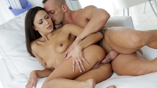 Cassie Del Isla in Frenchy Cassie prefers anal sex