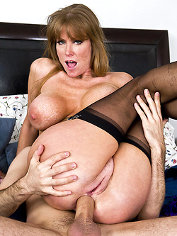 Darla Crane takes it in the ass to seal a deal