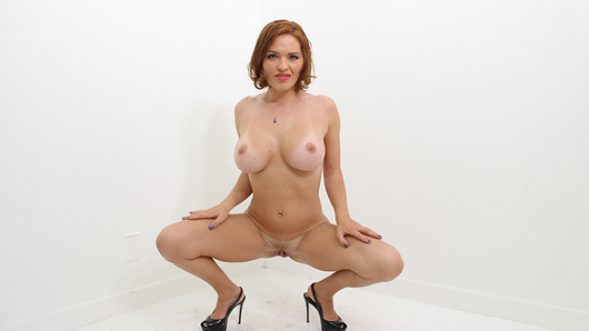 Krissy Lynn in Stacked MILF Krissy Lynn enjoys some big black cock