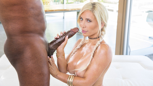 Ever since her divorce, Tasha Reign has been on the look out for new hot experiences. After sending a few naughty pics to Mr Mandingo, she was ready to enjoy each and every second of her time with him. Tasha knows what she wants, and after getting warmed up with his assistant, she's led through to the man himself. Has she signed up for more than she bargained for?