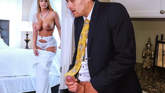 Brooklyn Chase in Sex With Future Step-Mom