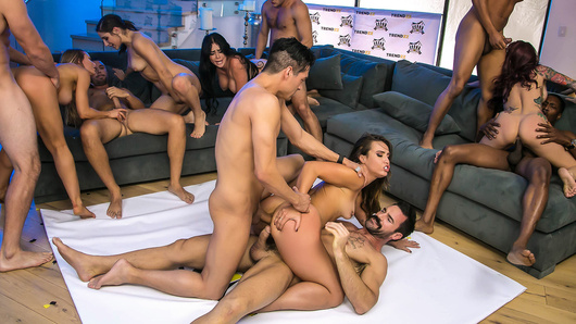 This is it! Abella Danger, Kelsi Monroe, Monique Alexander, Nicole Aniston and Skyla Novea face off in a crazy fucking contest full of surprises! Who will earn your vote and be crowned the next winner of Brazzers House?