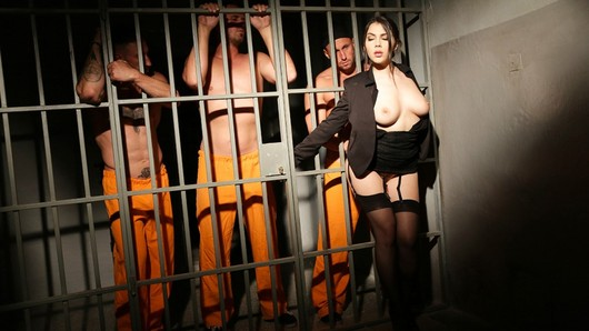 Valentina Nappi never refuses a pleasure, a desire, a man... The three prisoners watching her hope to be punished by the director... (Video duration: 18 minutes)