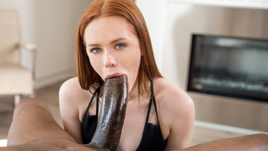 Ella Hughes' professor is the sexiest, most brilliant man she has ever met and the opportunity to pick his brain is priceless, so she's going to take advantage. The atmosphere is very relaxed and it hardly feels like work. On this last day, Ella decides to take her chance and see where it leads...