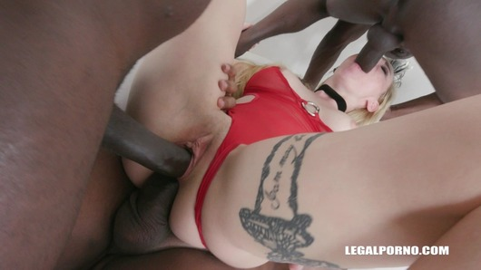 Helena Valentine discovers black feeling and high anal IV170 (Video duration: 00:56:39)