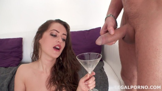 Kendra Star in 5 on 1 Pissing Drinking, No Pussy. Kendra Star finally got Giorgio's treatment GIO34