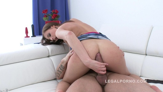 Cute newbie Antonia Sainz filmed during her first anal for Legal Porno SZ836 (Video duration: 00:43:19)