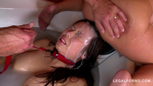 Submissive bitch Tigerr Benson Roughed up and Humiliated in Bath Tub GP013 (Video duration: 00:06:23)