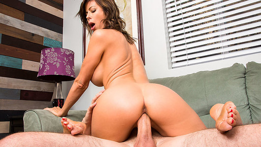 Alexis Fawx in MILF Alexis Fawx and her big tits help