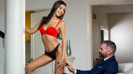 Gianna Dior in Branching Out