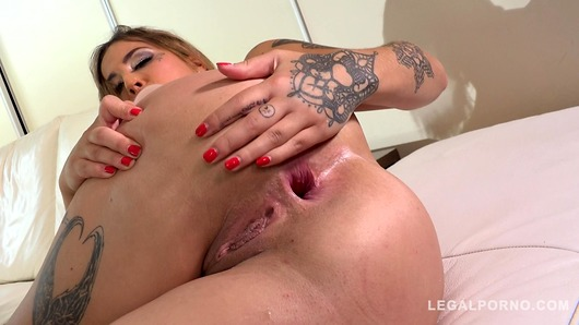 Heidi Van Horny in Horny slut Heidi Van Horny rides two hard dicks & gets double penetrated FS025