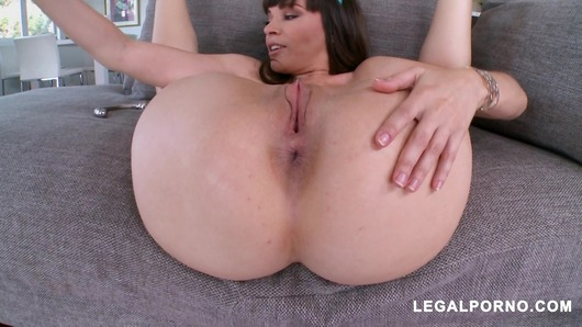 Dana DeArmond loves hot and hard anal MA088 (Video duration: 00:47:18)